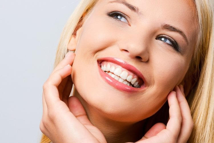 Teeth Whitening in Shawnee Kansas